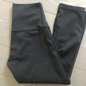 Black Lululemon crop pants